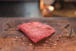 Flat Iron Steak USA Black Angus Family's Beef